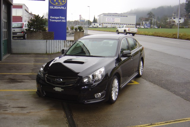 subaru legacy 2 5 gt executive s occasion chf 28 39 500. Black Bedroom Furniture Sets. Home Design Ideas